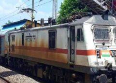 छत्तीसगढ़ः रायपुर रेलवे स्टेशन पर ट्रेन में धमाका, सीआरपीएफ के 6 जवान घायल, सीआरपीएफ जवान स्पेशल ट्रेन से जम्मू जा रहे थे, रखते वक्त ट्रेन की बोगी में फटा ग्रेनेड, एक गंभीर, पढ़िए पूरी खबर